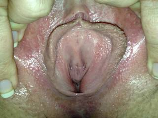 I'm hungry for that gorgeous pussy in my face with your cum filling my mouth.