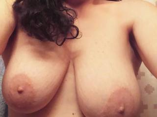 A selfie by Virginia showing me her wonderful tits.