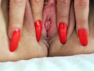 Spreading my pussy again for you! Please tell me, if you like the view !!!! Thanks !!!