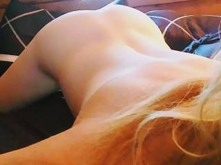 I need my hair pulled, my back scratched, my ass smacked, and fucked hard and deep.... 😍😍