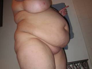 Would love to rub and kiss your big sexy belly.