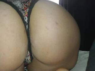 Rubbing on the wife\'s sexy ass