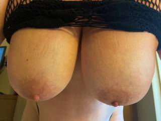 I rode mr Seekers nice big cock and he kept fixating on my bouncy titties! Here they are at the bottom of the big tit fuck bounce!! Who wants to bounce with us?