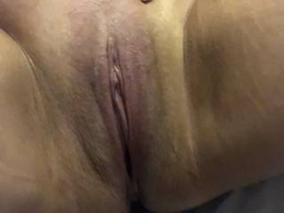 Old pic of a fb\'s pussy ready to be eaten