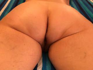 Anybody likes my ass ?  Waiting for hubby too fuck me and cover these cheeks with hot cum