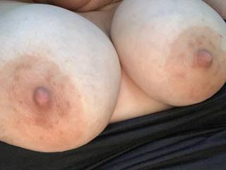 I want a Big Hot Load on My Tits & Tongue