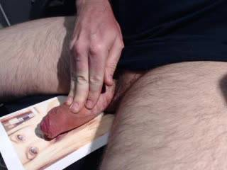 Big cumshot load on a foto of a friend ;)