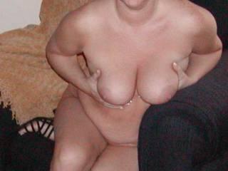 Sexy mature wife posing.