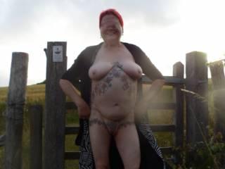 Hi all I am looking forward to the warmer weather and I hope the end of this nasty virus so we can get out and about again. dirty comments welcome mature couple