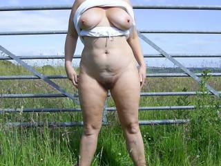 Flashing in the fields, she was then bent over and fucked silly. Would love to meet another similar couple to take pics.