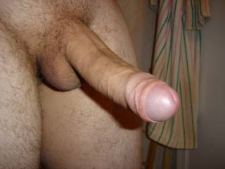 Love to here a shoutout from any ladies that dig uncut cock!