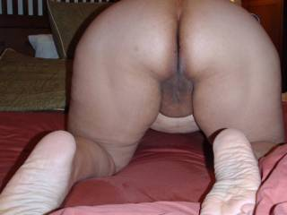 yes you would mmmmm love the sexy soles and sexy ass mmmm