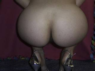 Ass and heels... does it getter any better?