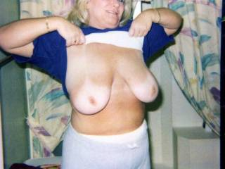 would love a live personal flashing anytime!!!!  Great tits!
