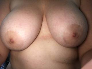 My big tits waiting for my boyfriend to suck and fuck ;)