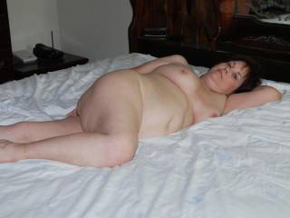 MooMoo you are one very beautiful lady , I love the sexy pose and would love to share that bed with you XOXO
