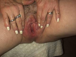 swollen pussy that means its fucking horny!!!!