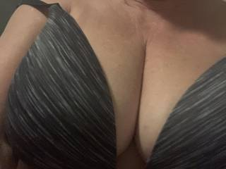 Getting ready to go out - I love this bra