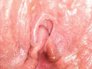 Suck Hard on My Sensitive Clit and Finger Inside on the Opposite Wall to Rub my G-Spot at the Same Time and I\'ll Squirt Warm Juices to Fill your Mouth (and Wash your face with)... Just Don\'t Stop because I\'ll keep Doing It MANY TIMES for you.... SQUIRT...
