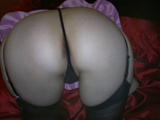 Beautiful love to remove your hot thongs to the side and give your hot pussy n ass my tongue cock n cum 💋 💋 💋 💋 💋