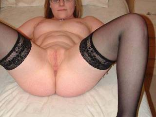 god DAMN that's a sexy slut. I'd love to dive into that pussy...face first then BALLS DEEP
