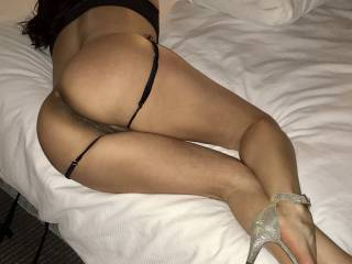 This bed is too big for a lonely girl.. need 2 big guys to play, my hubby like to watch when they fuck me. Any one?