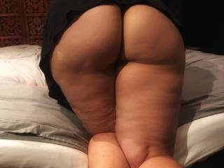 Showing off my ass for you boys and girls. If you got it, flaunt it! what do you think?