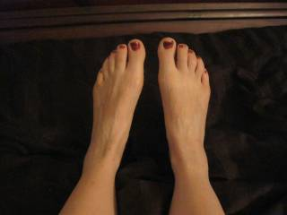 beautiful feet love to suck thoes toes