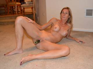 splendid veggie in pussy awesome face and sexy painted toenails