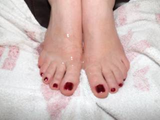 More pics of Mrs P with cum on her pretty feet.