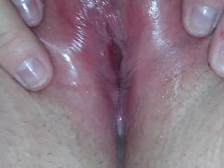 Tight wet Alabama pussy and clit gets licked.