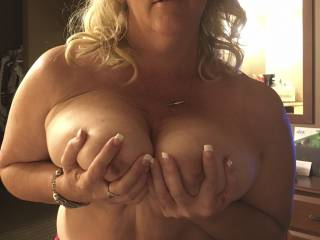 Cheating wife I met in porn theater took me back to her hotel room when she was in town for business