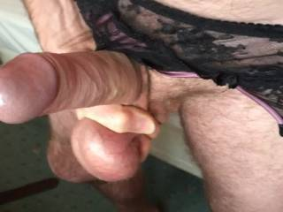 Wow Just beautiful. I would like to watch you do that in front of my sexy little wife and the see what unfolds. Could be lots and lots of sexy fun !..