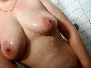 My tits need a good wash after MrH cum all over them... who wants MrH to cum on their tits? I would love to watch then help wash up