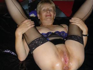 well hubby sit in the courner while i please her a little bit bigger and realy fill her pussy and fuck her good then watch as i blow a good load over her sexy cunt ass and tits