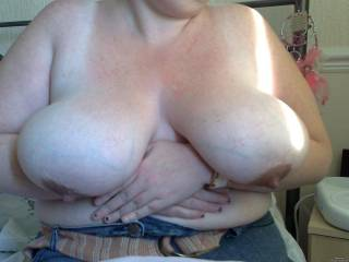 incredible  boobs  wow  LOve real hangers  those are awesome  BBWs with big tits rock mw world