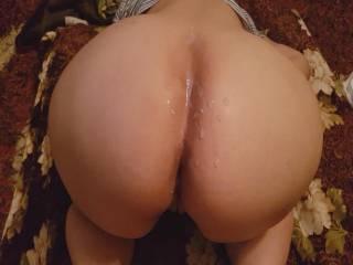 big butt cum load