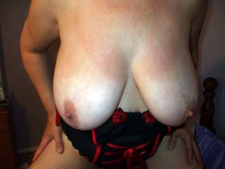 Fabulous big tits...such a sexy lady!