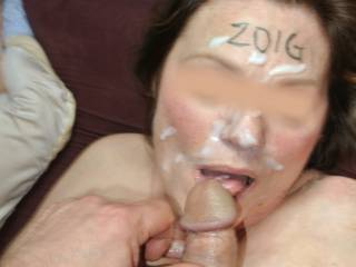 Enjoying a face full of hot cum just for Zoig!