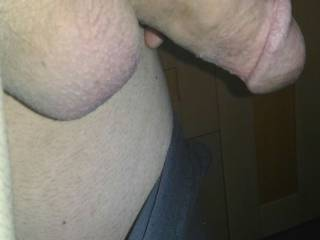 I need help to spreada after shave cream....A volunteer?