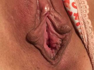 tribute my pussy fill me whit cum ..........