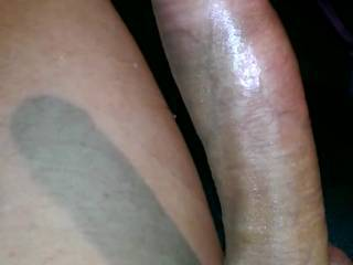 I love wanking, but would rather soak a lovely ladies throat or Pussy. Any takers ladies?