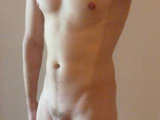 Wow!......you have a great body.....mmmm yummy cock!