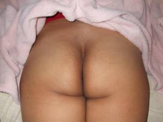 I want to slide my cock up and down that beautiful ass crack, and cum all over that sexxxy ass...