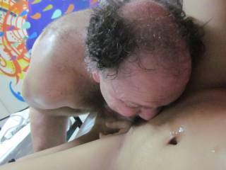 I Love a wet and fresh pussie,do you like to taste ?