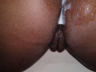 love seeing a load on a nice thick black ass!!!!!!!! mmmmmmmmmm