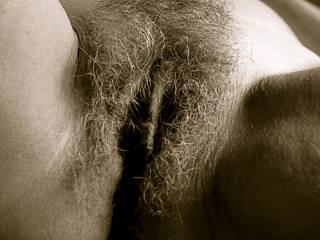 I would love to lic and suc ur sweet hairy pussy