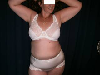I love to see your curvy beautiful body in white bra and panties.