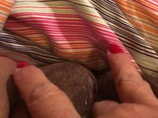 Valentine finger fucking, I'd rather have a nice hard young cock in me, anybody want to fuck me?