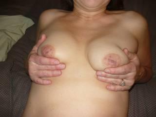 Love your sexy tits, crowned with the yummiest nipples mmmmmmmmmmmmmm